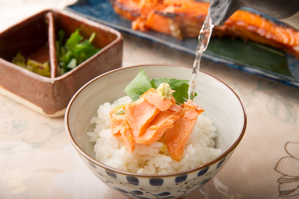 「お茶漬けセット」にすれば鮭の美味さが二度楽しめます