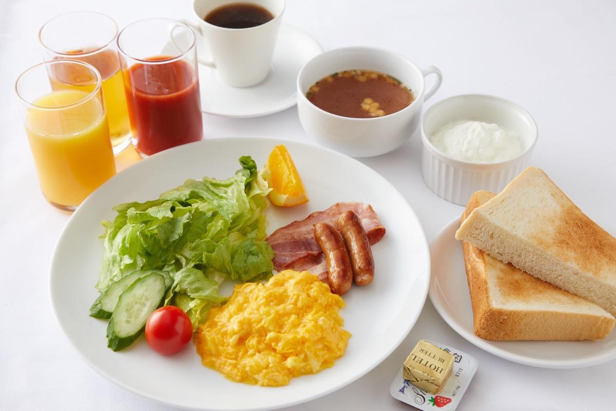 朝食付きプランでは、和か洋の朝食が選べます